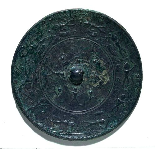Bronze mirror from Gunma Prefecture (Tokyo National Museum)