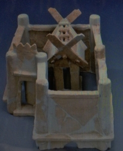 "This ""haniwa"" clay sculpture, representing a house surrounded by walls, was unearthed from the Gobyoyama burial mound in Sakai, Osaka Prefecture. (Provided by the Imperial Household Agency)"
